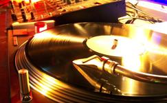 Ostbelgien - Diskotheken, DJ's, Musiker & Bands
