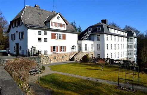 Kloster Montenau