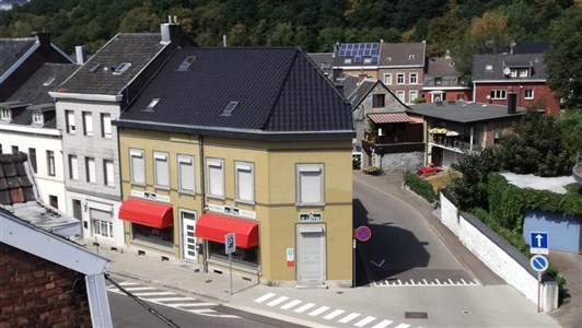 NEUER PREIS ! Voluminöses Wohnvergnügen  mit separat zugänglichen Geschäfts/Büroflächen und toller Dachterrasse. - 4700 Eupen, Belgien