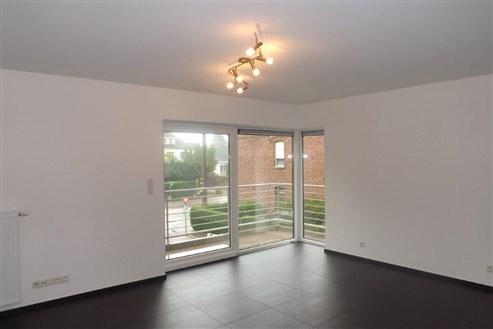 Top modernes, großflächiges Appartement mit bester Anbindung an die Autobahn und nah an vielen Bequemlichkeiten.
