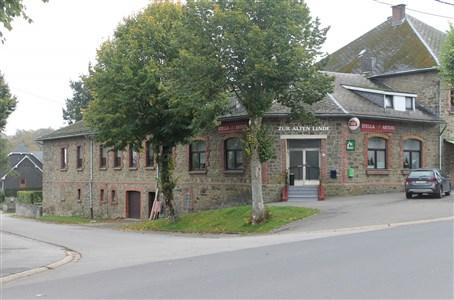 Café mit angrenzender Wohnung - 4750 Butgenbach, Belgien