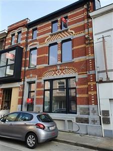 Stylisches Appartement mit Parkplatz und großer Sonnenterrasse nahe sämtlicher Annehmlichkeiten.    - 4840 Welkenraedt, Belgien