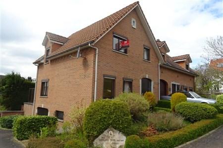 Gepflegte Doppelhaushälfte in Grenzlage B-NL-D mit Garten, Garage in ruhiger Sackgasse. - 4721 Neu-Moresnet, Belgien