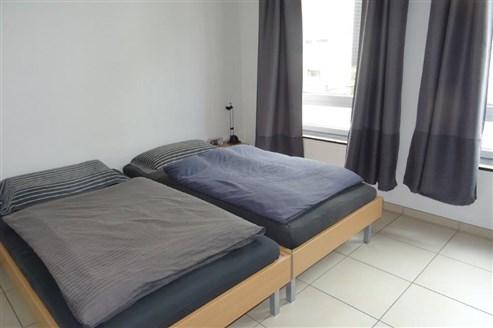 Komfortabel und naturnah: Schöne 1 SZ-Wohnung mit 2 PKW- Außenstellplätzen.