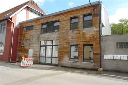 Komfortabel und naturnah: Schöne 1 SZ-Wohnung mit 2 PKW- Außenstellplätzen. - 4700 Eupen, Belgien