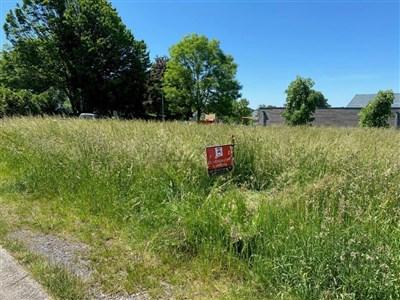 Starten Sie in Ihr Familienglück auf diesem tollen Baugrundstück mit genehmigtem Bauprojekt und Pläne Ihres Traumhauses. - 4731 Eynatten, Belgien