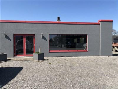 Verkauf/Vermietung - Ausstellungs- und Verkaufsraum/ Büro im Gewerbegebiet Eynatten-Raeren
