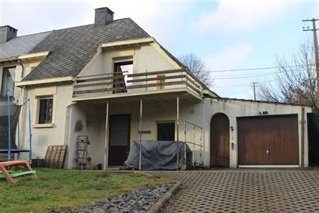 Ehemaliges Zollhaus (3 Fassaden) - 4790 reuland, Belgien