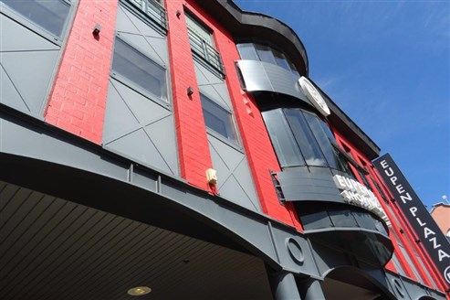 Gewerbe- und/oder Büroflächen  162 m² individuell nutzbar nach Ihren Vorstellungen und Bedürfnissen. Ideal für HORECA
