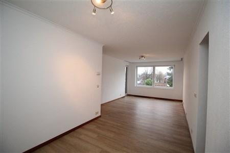 Gut geschnittene Wohnung auf der 3. Etage der Parkresidenz - 4700 Eupen, Belgien