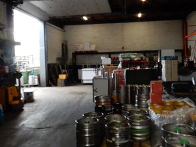 Halle mit eingezäuntem Außenlagerbereich in Top Geschäftslage! - 4710  Lontzen, Belgien
