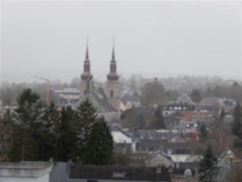 Wohnfeeling der Extraklasse! Penthouse über den Dächern Eupens mit Blick auf die Kirchtürme der charmanten Weserstadt.