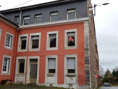 Ob als Mehrgenerationen- oder Großfamilienhaus- hier liegen Sie richtig. - 4701 Kettenis, Belgien