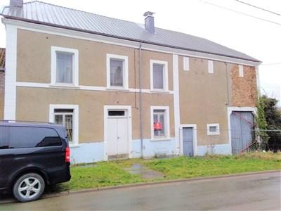 Clevere Investoren Aufgepasst:  Immobilie zu sanieren + Baugrundstück mit einer Vielzahl von Realisationsmöglichkeiten verschiedenster, lukrativer Projekte in grenznaher Lage - 6780  Messancy, Belgien