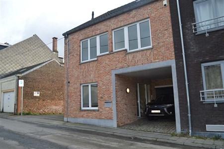 Eckhaus als Bürohaus für freiberufliche Tätigkeiten oder gewerbliche Tätigkeiten in exzellenter Lage - 1300 Wavre, Belgien
