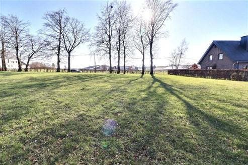 Grundstück in Wohngebiet mit ländlichem Charakter - HONSFELD
