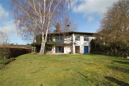 Landhaus mit viel Potential in voller Südlage - 4700 Eupen, Belgien