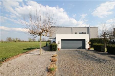 Modernes Einfamilienhaus in strategisch guter Lage - 4701 Kettenis, Belgien