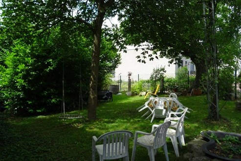 JETZT ZUGREIFEN ! Sie suchen ein Wohnflair wie in der Provence in Frankreich? Liebenswertes Bauernhaus aus dem 18. Jahrhundert mit enormem Potenzial im Grenzgebiet B/D/NL.