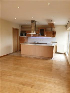 Duplex Wohnung mit gehobener Ausstattung in ruhiger, dennoch zentraler Wohnlage mit herrlichem Ausblick.