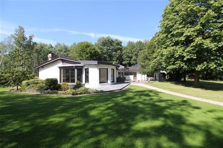 Bungalow auf parkähnlichem Grundstück  nahe der Grenze zu D - 4730 Raeren, Belgien
