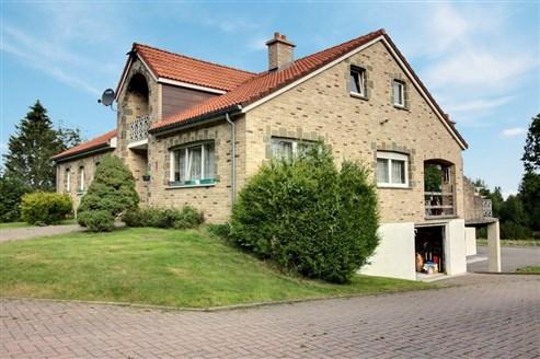 Villa mit Ferienhaus - FRANCORCHAMPS