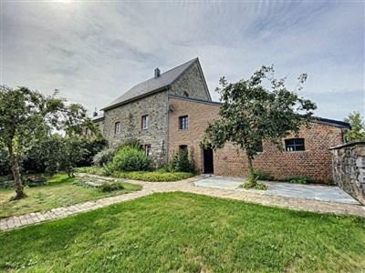 Geschmackvoll renoviertes Bauernhaus sucht Einzelperson oder Liebhaberpaar zum harmonischen Leben inmitten grüner Natur. - 4710 Lontzen, Belgien