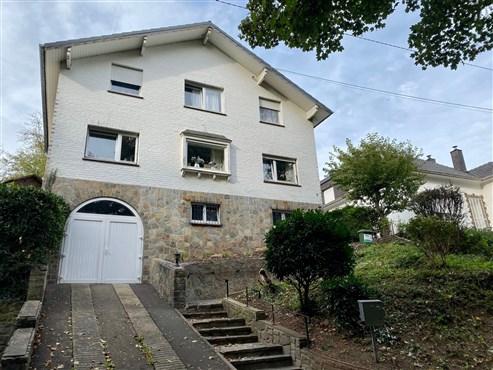 Freistehendes Einfamilienhaus im Eupener Stadtzentrum