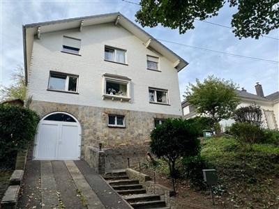 Freistehendes Einfamilienhaus im Eupener Stadtzentrum - 4700 Eupen, Belgien