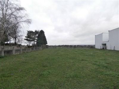 Raeren: Baugrundstück in strategisch guter Lage - 4730 Raeren, Belgien