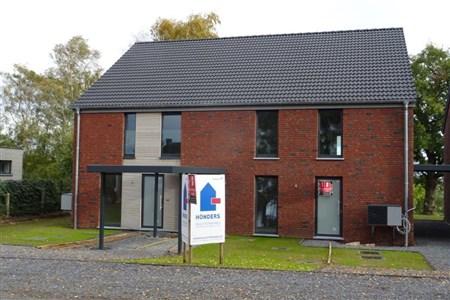 NEUBAUPROJEKT - Doppelhaushälfte inklusive Fernblick und Wohlfühlgarantie in naturverbundener und verkehrstechnischer optimaler Lage!  - 4711 Walhorn, Belgien