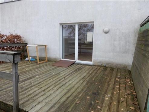 Geschmackvoll neu renoviertes EG-Appartement mit Terrasse  im Grenzort Raeren.