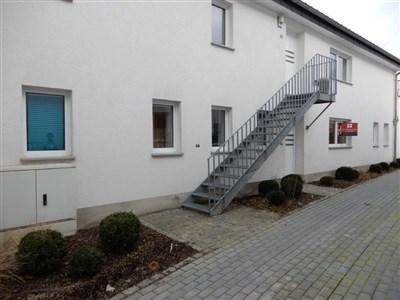 Geschmackvoll neu renoviertes EG-Appartement mit Terrasse  im Grenzort Raeren. - 4730 Raeren, Belgien