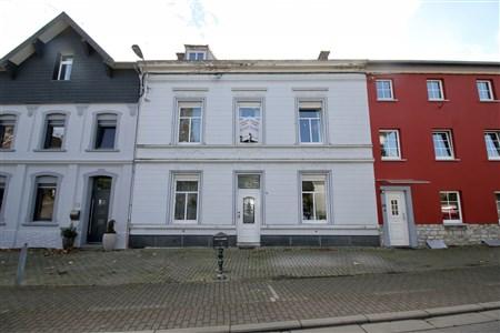 Bereits reserviert: Einmalige Gelegenheit, Kombination aus Wohnen und Arbeiten in - 4701 Kettenis, Belgien