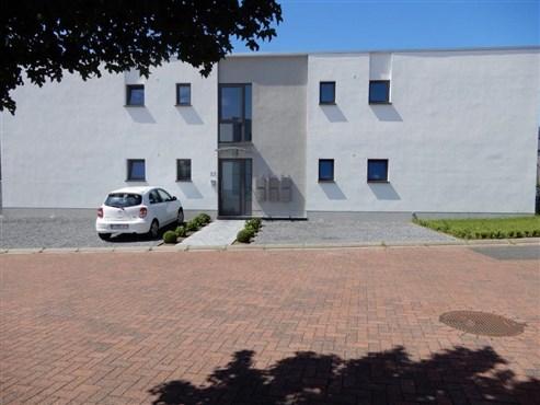 Hochwertige Niedrigenergiewohnung in ökologischer Bauweise in unmittelbarer Nähe zum Eupener Stadtzentrum.