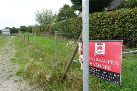 Erfüllen Sie sich Ihren Traum - sei es als Mehrfamilienhaus- oder EFH-Besitzer in exquisiter Lage. - 4730 Raeren, Belgien