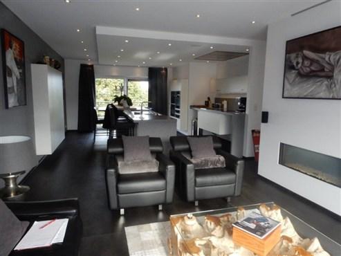 Einzigartiges, luxuriös ausgestattetes Penthouse mit vielen Extras.