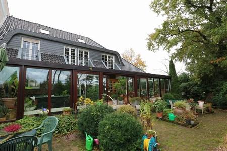 Betriebswohnhaus am Rande des Gewerbegebiets Roetgens  mit Ausblick auf die belgischen Naurschutzwiesen  - 52159 Roetgen, Germany
