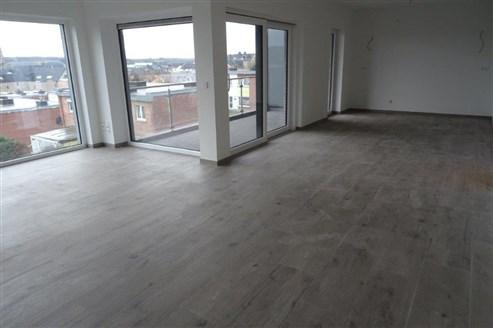 Starten Sie in Ihr neues Leben in dieser stylischen Neubauwohnung inklusive Garage und Terrasse in optimaler verkehrstechnischer Anbindung (B-NL-D)
