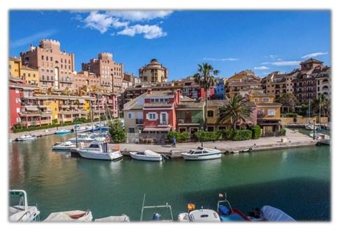Neuwertiges Appartement bei Valencia (Spanien)