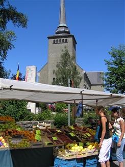 Ostbelgien - Straßenmarkt in Sankt Vith